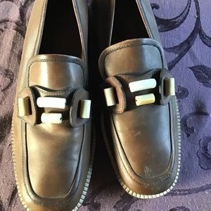 VTG Women's Cole Haan brown loafers w/Ivory beaded